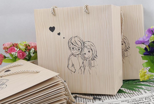 手提袋印刷设计崇尚简洁风是什么?